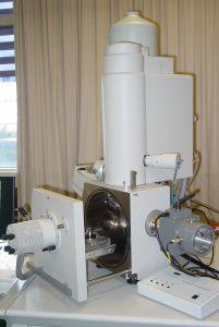 scanning electron microscope (LMR)